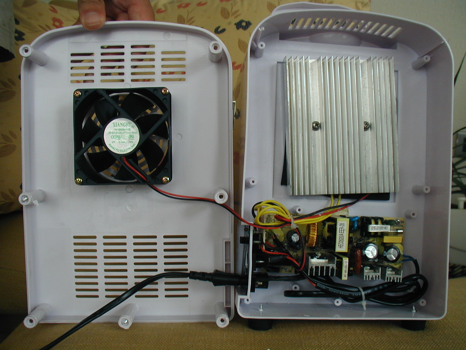 472183 Need Assistance Replacing Old Thermostat New Thermostat also Enginecoolingsystemdiagram blogspot besides Refrigerant Problem Diagnostic Chart moreover Watch additionally Watch. on air conditioner cooling fan